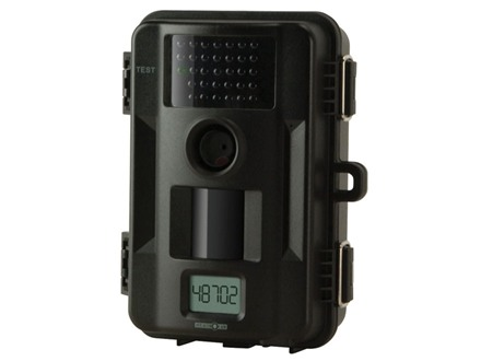 Stealth Cam Skout No Glo Black Flash Infrared 7 Megapixel Game Camera with 8 AA batteries and 4 GB SD Card Black