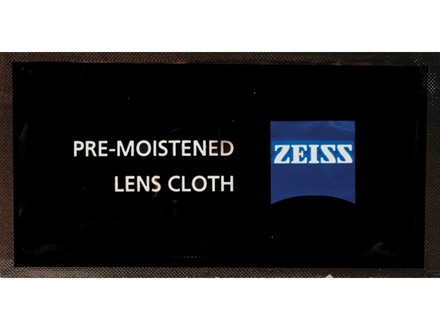Zeiss Pre-Moistened Lens Cleaning Cloth Package of 21