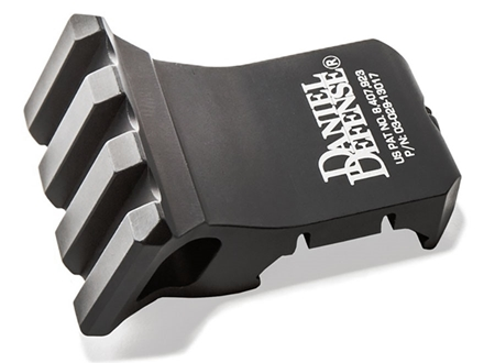 Daniel Defense 1 O&#39;Clock Offset Picatinny Accessory Rail Aluminum Black