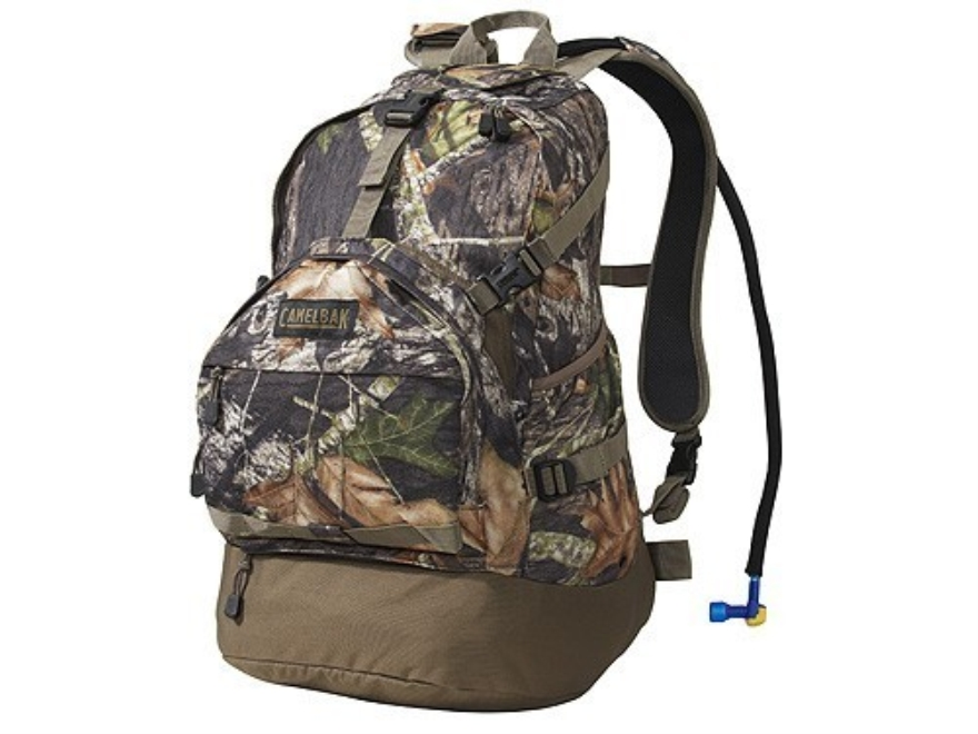 CamelBak Commander XT Backpack with 100 oz Hydration System Polyester Mossy Oak Break-Up Camo