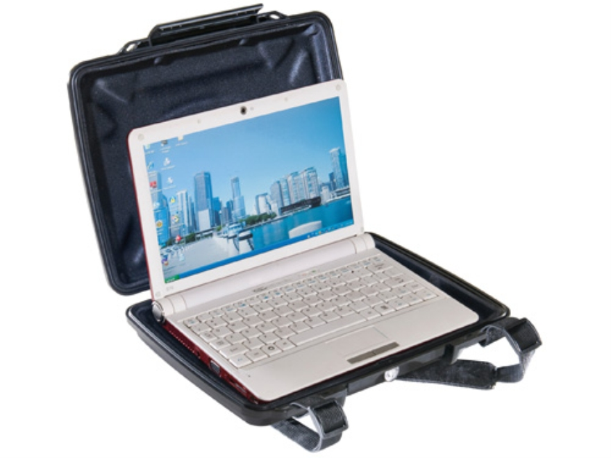 "Pelican i1075 HardBack Tablet and Netbook Case with iPad Liner Insert and Carry Strap 11"" Polymer Black"