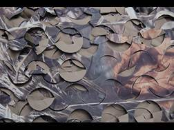 Camo Unlimited Specialist Series Ultra-Lite Camouflage Netting Blind Material Polyester