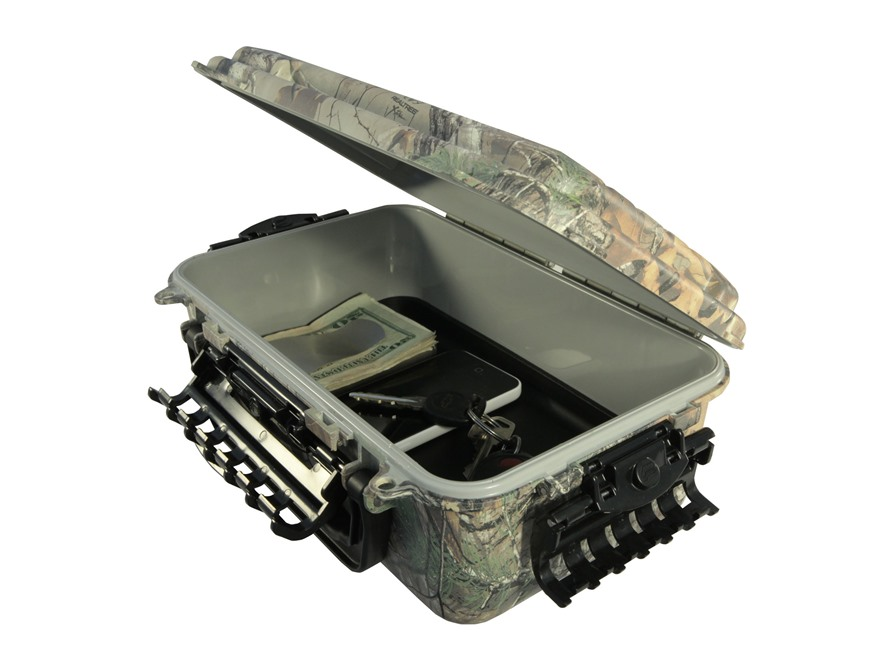 Plano Guide Series Polycarbonate Waterproof Field Box 3600 Medium Realtree Xtra Camo