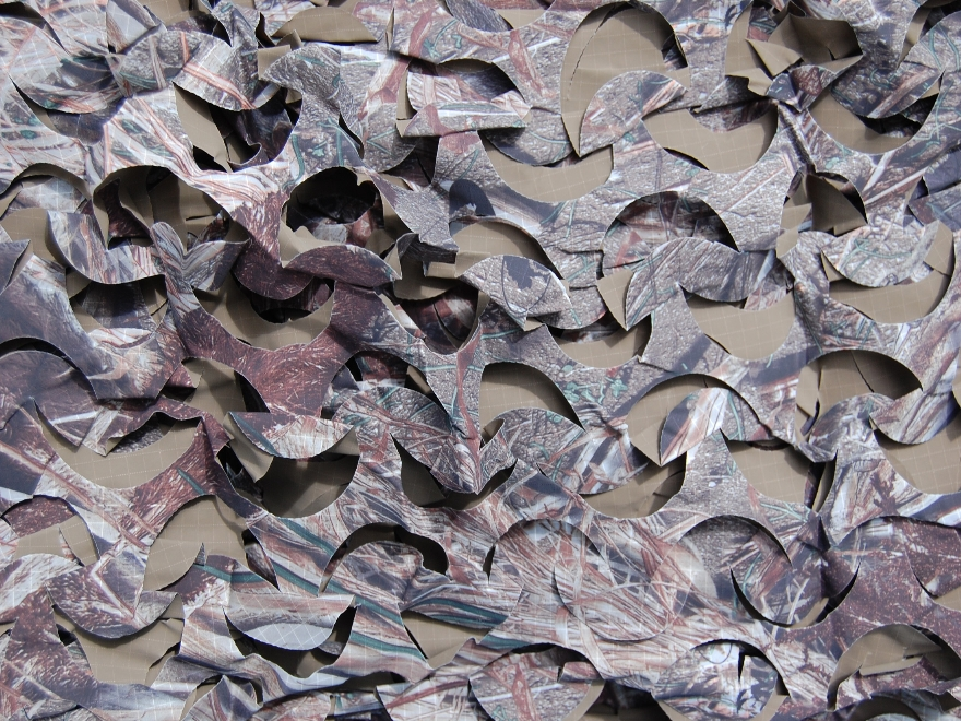 "Camo Systems Ultra-Lite Camo Netting Blind Material 7' 10"" x 9' 10"" Polyester Mossy Oak..."