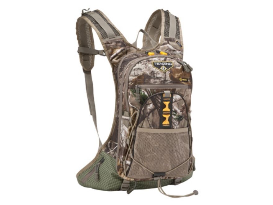 Tenzing TZ 1200 Ultra Light Day Backpack Nylon Ripstop Realtree Max-1 Camo